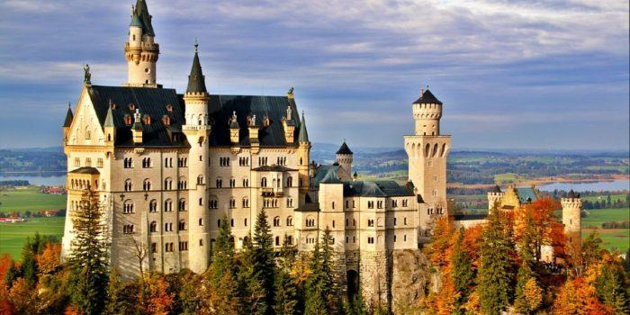 Tourist Attractions in Germany: Neuschwanstein Castle